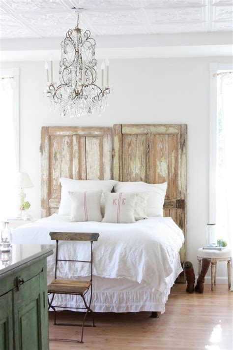 16 old doors used as dramatic headboard decoholic