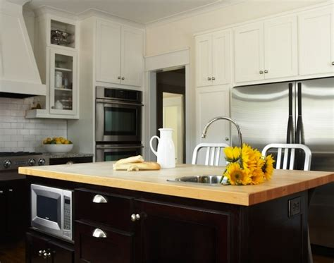 two tone shaker kitchen cabinets two tone kitchen countertops transitional kitchen