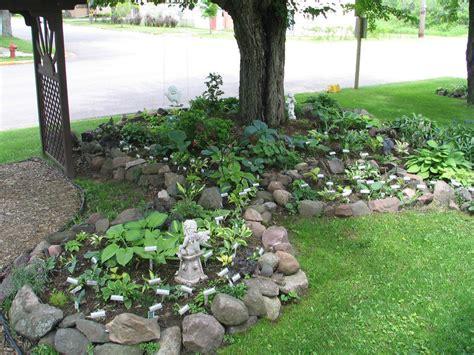 Rock Garden Bed Rocks In Garden Beds Kokanee Home Renovations Raised Garden Bed Stage 1 Landscaping With
