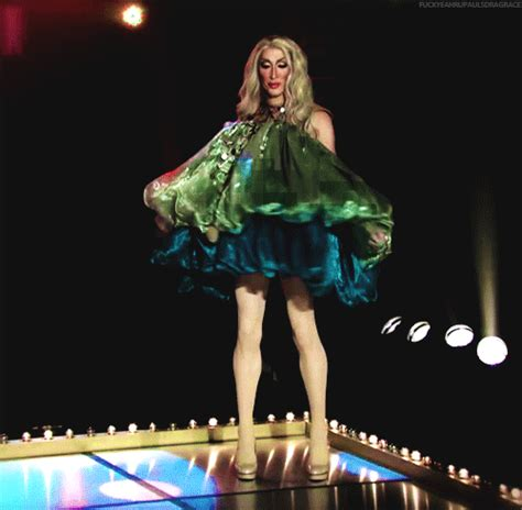 Detox Rupaul S Drag Race Clothes by Rupauls Drag Race Gif Find On Giphy