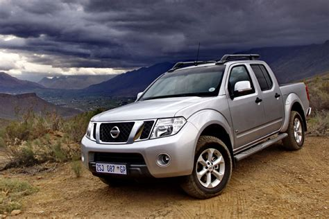 nissan navara wallpaper 2011 nissan pathfinder and navara wallpapers driverlayer
