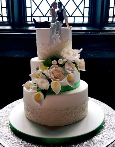 celebration cakes plymouth wedding cakes wedding cup cakes cornwall