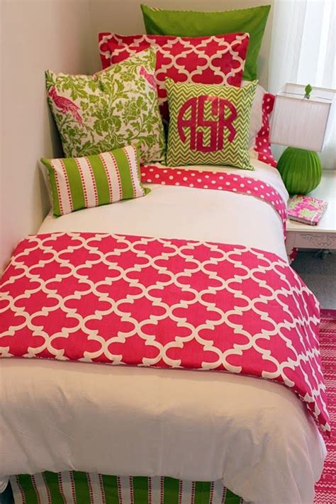 25 best ideas about pink rooms on