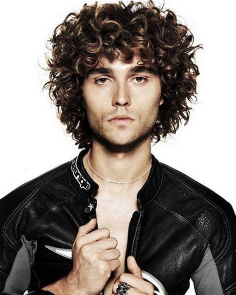 amazing curly hairstyles  men inspiration  ideas