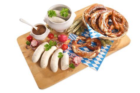 Lapcong Sosis Babi By Selera Food makan siang spesial dengan sosis khas jerman yang gurih