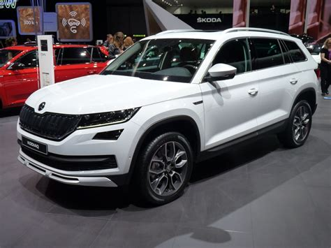 skoda kodiaq scout plus typ 233 en direct du salon de