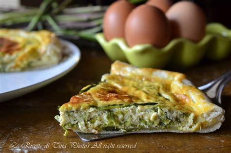 come cucinare gli asparagi con le uova torta salata con asparagi contorno facile asparagi e uova