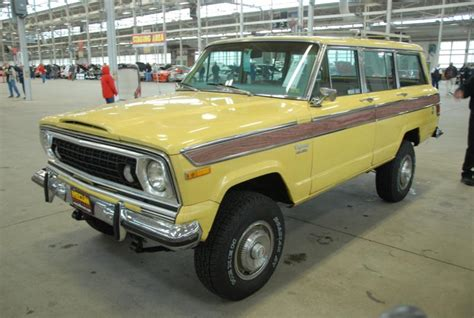lowered jeep wagoneer 1980 jeep wagoneer limited values hagerty valuation tool 174