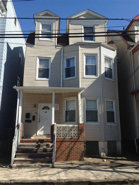 3 bedroom apartments newark nj 84 s 8th st newark nj 07107 3 bedroom apartment for rent