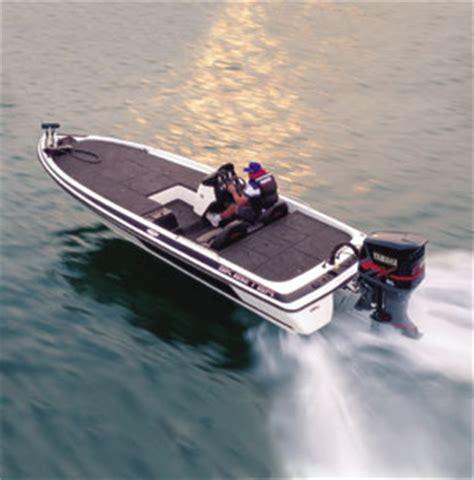seaark boat in rough water bass walleye boats top guns part iv boats