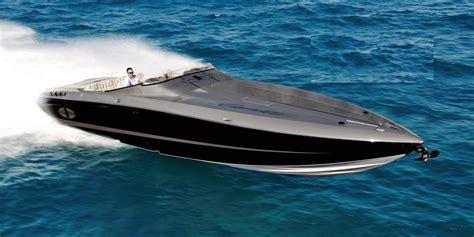 cigarette boat offshore bateau offshore de vitesse 49 grandsport cigarette