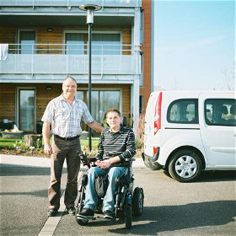 location de voitures adapt 233 es aux fauteuils roulants pmr