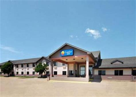 comfort inn sioux city comfort inn north sioux city north sioux city deals see
