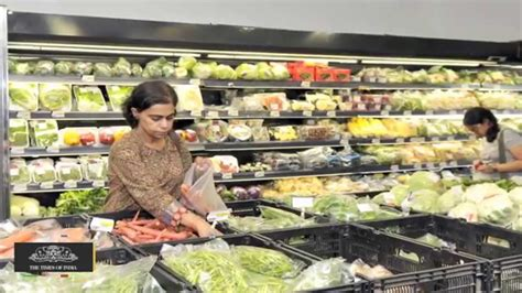 grocery shopping in india eye nationwide expansion