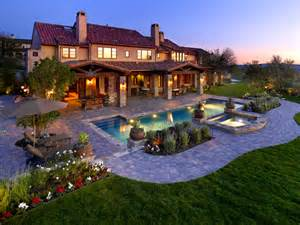 design your backyard simple landscaping changes create your own back yard paradise