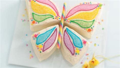 una tarta sencillsima de hacer con colores muy primaverales tartas infantiles c 243 mo hacer una tarta mariposa f 225 cil