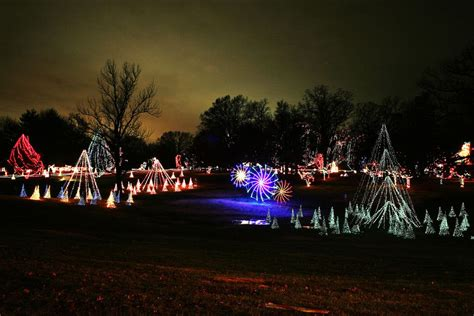 Free Holiday Events And Celebrations In St Louis Tilles Park Lights