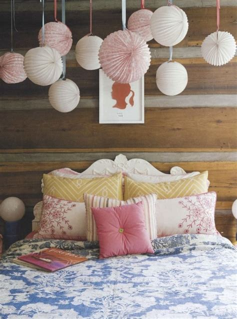 Paper Decorations For Bedrooms by Decorating With Paper Lanterns Designshuffle