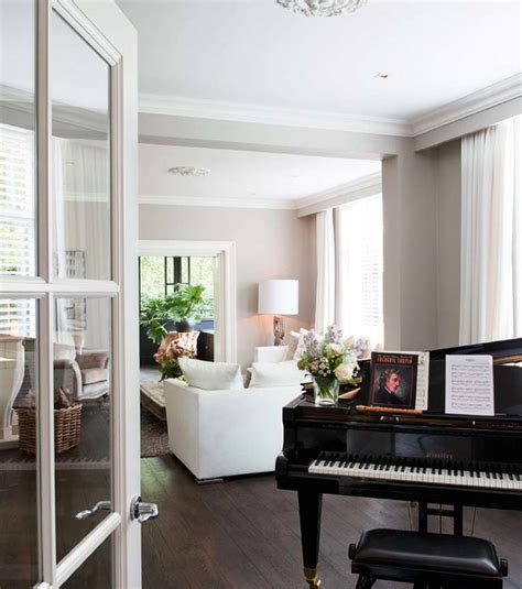 modern classic house interior with eclectic touch