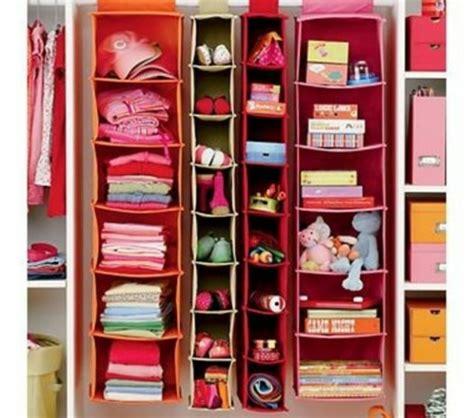 Wandschrank Kleider by Wie Kann Den Wandschrank Im Kinderzimmer Organisieren
