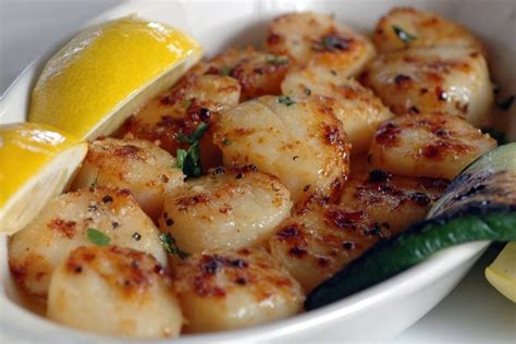 best broiled scallops easy recipes