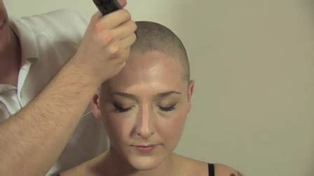 old lady headshave head shave bald women headshave nagolo的自频道 优酷视频