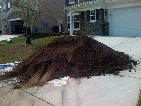 1 Ton To Cubic Yards Topsoil Delivery That Is Right For You
