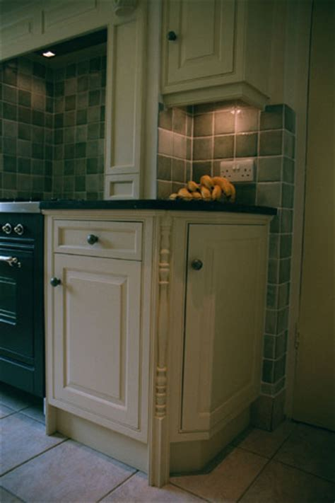 bespoke kitchen cabinets bespoke kitchen cabinets fitted kitchens kent england uk