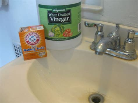 unclog bathroom sink baking soda vinegar 144 best images about homemade products on pinterest