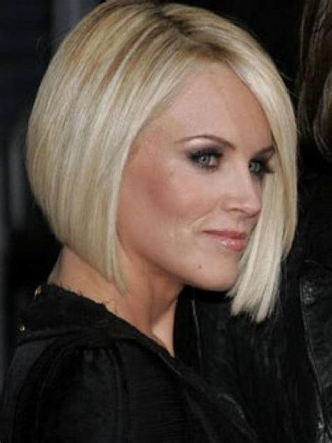 current pictures of jenny mccarthys hair jenny mccarthy hair style dark brown hairs