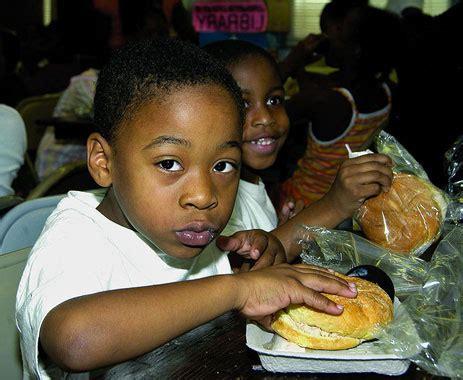 americans hate feeding poor children at school | grist
