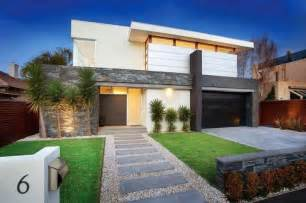 Modern Front Garden Ideas A Modern Front Yard For A Residential Landscape Design Description From I
