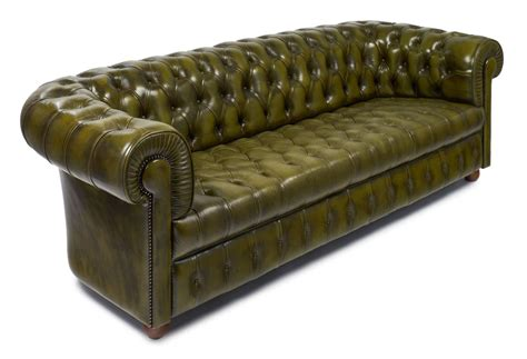 vintage leather chesterfield sofa vintage green leather chesterfield sofa at 1stdibs