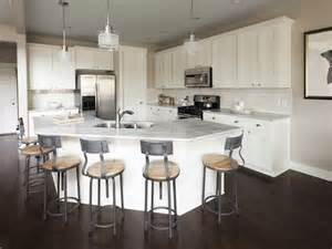 Kitchen Island With Sink And Stools Best 25 Curved Kitchen Island Ideas On