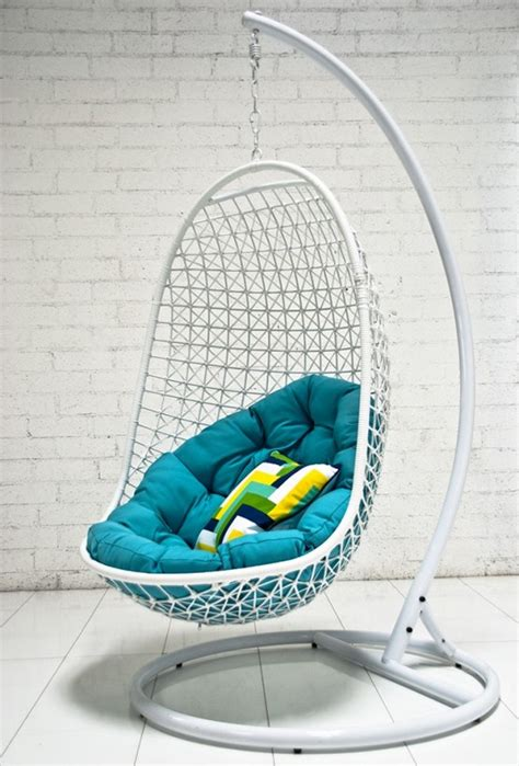 awesome chair 33 awesome outdoor hanging chairs digsdigs