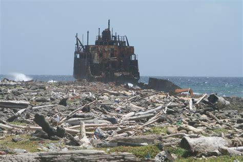 schip wrak scheepswrak op klein curacao zeelandnet foto