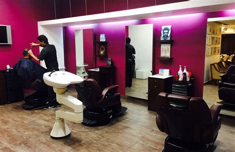 who plays the hair dresser in the progressive commercial play salon at le m 233 ridien bangalore play salon for hair