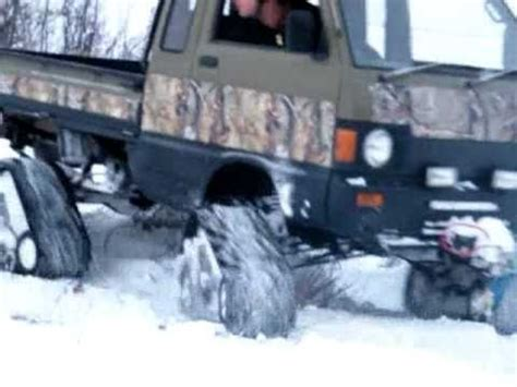 mini4x4 let's play in the snow! suzuki carry snow track