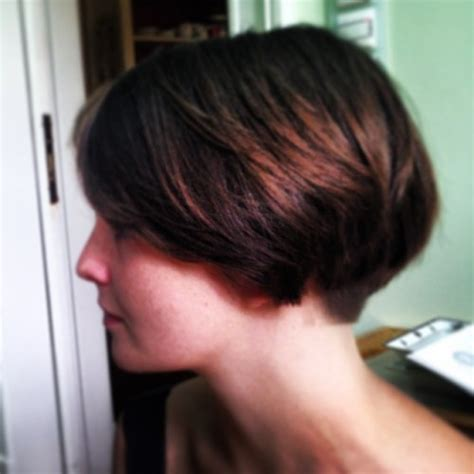 wedge hair cut photos front and back back view of wedge bob haircut short hairstyle 2013