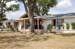 what home design app does joanna gaines use joanna s design tips southwestern style for a run down