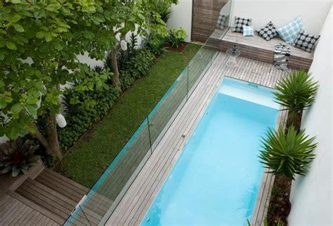 piscine pour petit jardin piscine pour petit jardin 20 designs contemporains et peu encombrants