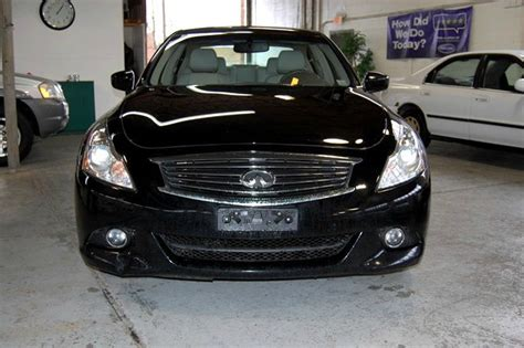 Expedition E 6687 Black black year 2011 make infiniti model g37x 55206