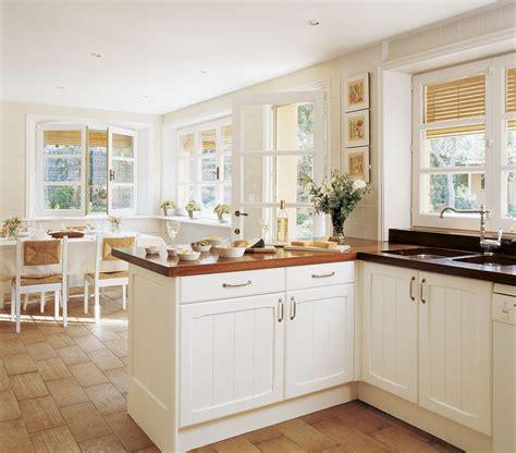 cocin con cocinas blancas