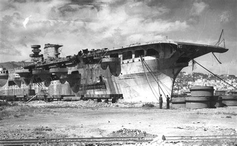 Aquila Navy view of the never finished italian aircraft carrier