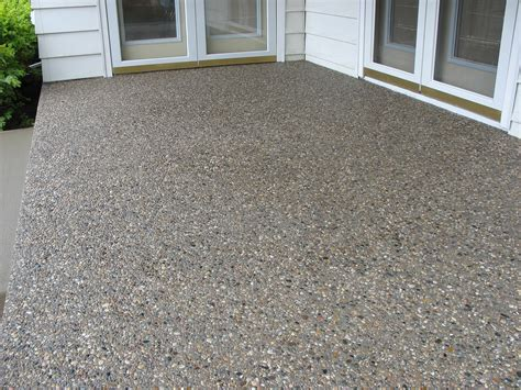 how to pour exposed aggregate concrete with pictures wikihow
