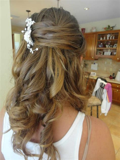 wedding hair half up half curls wedding bridesmaid hairstyles half up half with curls