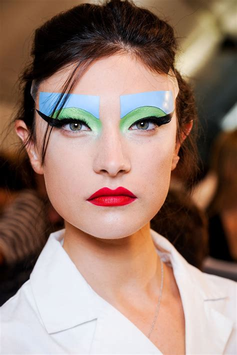 Make Up fashion show make up thefashionfraction