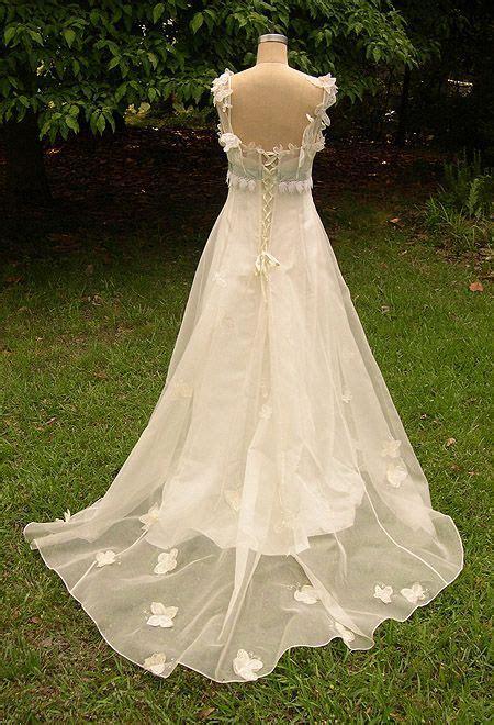 Best 20  Butterfly Wedding Dress ideas on Pinterest   Big