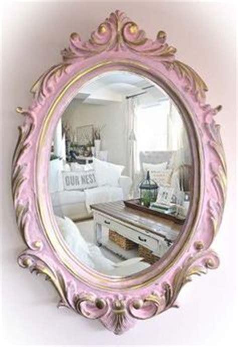 decorar marcos de fotos vintage marco vintage de pared con espejo decoracion de paredes