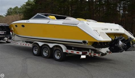 donzi z33 boat donzi z 33 crossbow 1990 for sale for 29 900 boats from